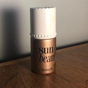 Sun Beam Benefit Highlight/Bronzer